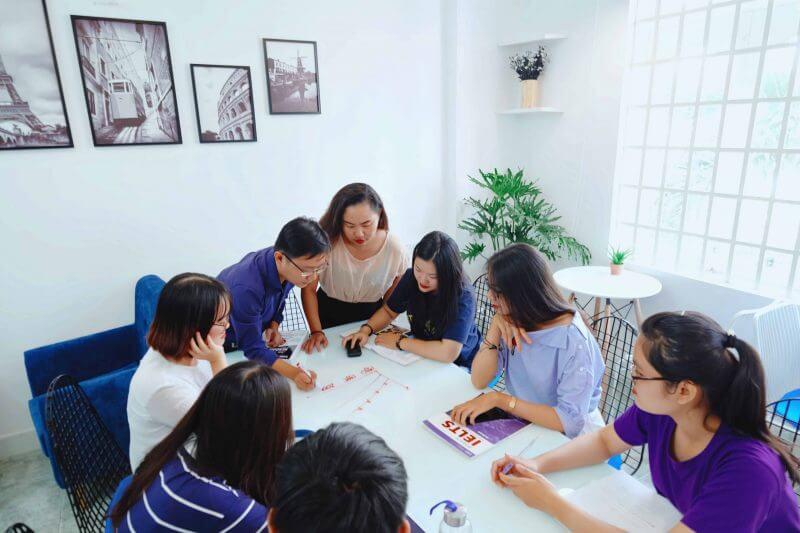 """""""Không nên"""" học IELTS ở Vietop vì đội ngũ giáo viên không chỉ có tâm, có tầm mà phương pháp dạy còn độc đáo"""