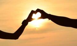 Những bài hát tiếng Anh hay về tình yêu