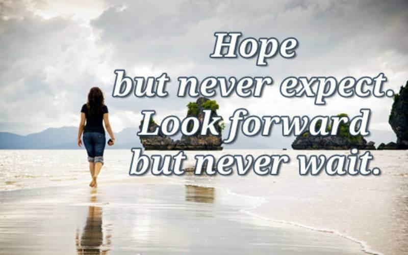 Phân biệt look forward và expect