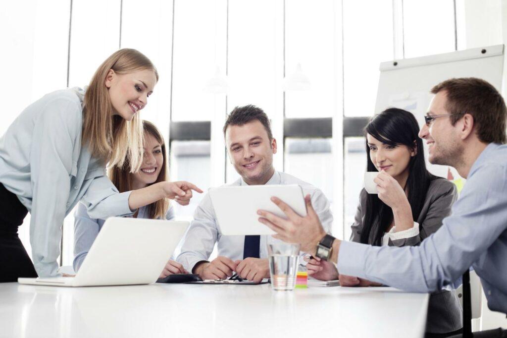 Chức vụ, phòng ban trong công ty – Từ vựng tiếng Anh văn phòng