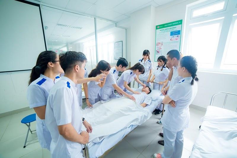 Lý do nên học ngành điều dưỡng